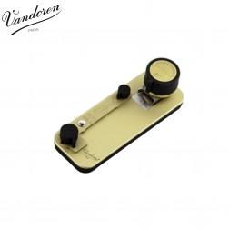 Taglia-ance Vandoren V12 per sax alto